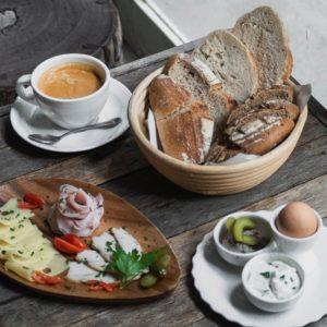 Ari Breakfast - Landhaus Bakery Bangkok