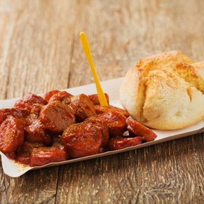 currywurst with wheat roll